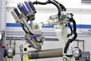 Fertigung anspruchsvoller Bauteile aus Verbundwerkstoffen mit einer vollautomatisierten AFP-Anlage (Bildquelle: Trelleborg)