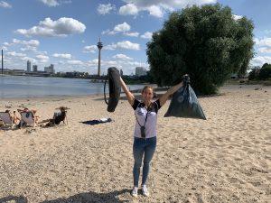 Plastics Europe Deutschland - Team Kunststoff hilft bei der Cleanup Tour 2019 in Düsseldorf. (Bildquelle: Plastics Europe)