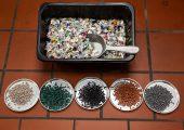Die Regranulate stammen aus Kunststoffabfällen aus der haushaltsnahen Sammlung in Deutschland. (Bildquelle: Alba Group/Amin Akhtar)