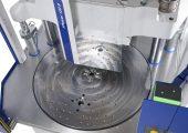Der Rundtisch ist verfügbar in den Durchmessern 1.300, 1.600 und 2.000 mm. (Bildquelle: Wittmann)