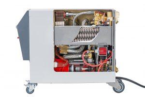 Temperiergerät neuester Technologie mit vollständig geschlossenem Kreislauf und aktiver Drucküberlagerung  wie sie bei Balda Medical in Bad Oeynhausen zum Einsatz kommen. (Bildquelle: HB-Therm)