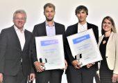 CCeV-Studienpreis 2019: Laudator Dr. Lars Herbeck, die Preisträger Amon Krichel und Michael Gnädinger sowie Organisatorin Katharina Lechler (v.l.n.r.). (Bildquelle: CUeV)