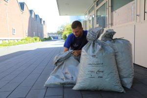 Im vorigen Leben Verpackung, jetzt Müllsack: Die 100.000 Sammelsäcke für den Rhinecleanup-Day bestehen aus 100 Prozent recyceltem Haushaltsmüll. (Bildquelle: Reifenhäuser)