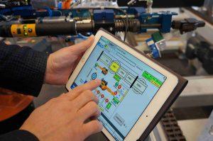 Das TIA-Portal vereinfacht das Programmieren von Robotern. (Bildquelle: SAR Group)