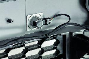 Das torsionale schont empfindliche Bauteile sowie Oberfläche.  Bildquele: Telsonic