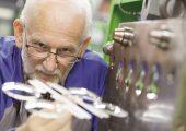 An seinem weltweit größten Standort im Chemiepark Marl betreibt Evonik eigene Anwendungstechnik für das Spritzgießen. (Bildquelle: Evonik)