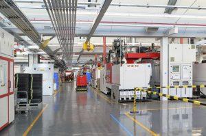 Vom Einsteiger- bis zum High-end-Modell verlassen pro Tag bis zu 85.000 elektrische Zahnbürsten das P&G-Werk in Marktheidenfeld. (Bildquelle: Engel)