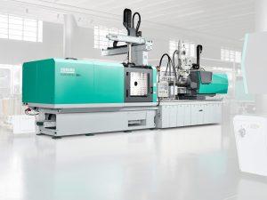 Produktionszelle für das Faser-Direkt-Compoundieren. (Bildquelle: Arburg)