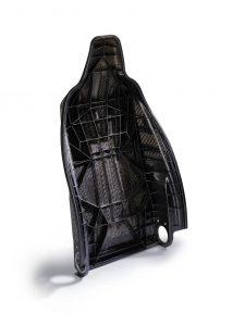 Beim Prototyp der Sitzschale wurden Spritzpressen und FDC-Verfahren kombiniert. (Bildquelle: Arburg)