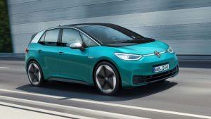 Den vollelektrischen ID.3 von Volkswagen konnten die Besucher am Kunststoff-Institut live erleben. (Bildquelle: Kunststoff-Institut Lüdenscheid)