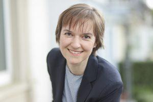 Dr. Isabell Schmidt, Geschäftsführerin IK, fordert eine neutrale Ökobilanz für Getränkeverpackungen. (Bildquelle: IK)