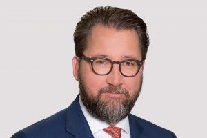 In den vergangenen zwei Jahren haben sich die Unternehmenszahlen der Quartale im Vergleich zu den Vorjahresquartalen verbessert sagt Dr. Martin Füllenbach, Vorstandsvorsitzender der Semperit Holding. (Bildquelle: Semperit)