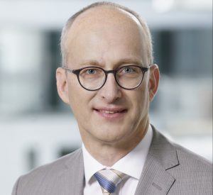 """""""Wir brauchen weitere Hersteller, die benötigte Geräte und Ausrüstungen ins Gesundheitssystem liefern können"""", betont Dr. Martin Leonhard, Vorsitzender Medizintechnik bei Spectaris. (Bildquelle: Spectaris)"""
