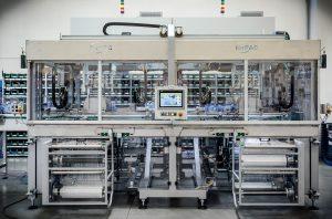 Die Verpackungstechnik für kaltgestreckte Stretchfolie spart fast 90 Prozent Energie gegenüber herkömmlichen Systemen mit thermischer Verformung ein. (BIldquelle: Forpac)