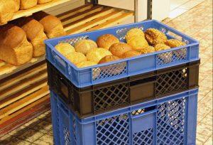 Brotkörbe zählen zu den Kunststoffmehrwegbehälter, in denen tagtäglich frische Backwaren transportiert werden. (Bildquelle: Bekuplast)