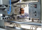 Die EMS-Gruppe ist mit Hochleistungspolymeren und Spezialchemikalien weltweit tätig. (Bildquelle: EMS-Gruppe)