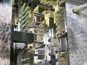 Servoelektrische Werkzeuge werden vor allem in der Medizintechnik stärker nachgefragt. Ein Treiber hierfür ist die Digitalisierung der Fertigungsprozesse. (Bildquelle: Engel)