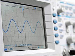 Spectrum Analyzer  (Bildquelle: Tüv Süd)