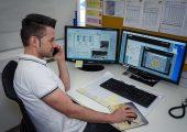 Mit Unterstützung des Lindner-Servicecenters via Videoanalyse und Online-Support konnte der Schredder Micromat 2500 bei Hündgen Entsorgung installiert werden. (Bildquelle: Lindner)