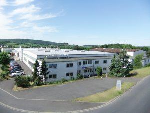 Von der Schließung des Standorts und der Auflösung des Unternehmens Wirthwein Eichenholz sind rund 85 Mitarbeiter betroffen. (Bildquelle: Wirthwein)