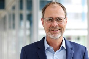 Thorsten Kühmann ist Geschäftsführer des VDMA Fachverband Kunststoff- und Gummimaschinen (Bildquelle: VDMA)