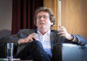 """Prof. Dr. Michael Braungart: """"Recyclingbemühungen sind im Allgemeinen kein Recycling, sondern ein Downcycling."""" (Bildquelle: BMEL-FNR-photothek)"""