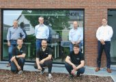 Das Team in Belgien: Rene de Looff, Jurgen De Maesschalck, David Deliever und Arthur van Dijk (reihe hinten von links), Günther d'Haen, Kristof Daniels und Jan Vergucht (Reihe vorne von links). (Bildquelle: Engel)