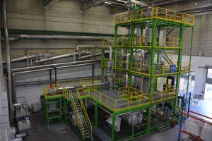 Carboliq-Pilotanlage zur Verölung von aus Haus- und Gewerbemüll gewonnenen Ersatzbrennstoffen im Entsorgungszentrum Ennigerloh. Bildquelle: Recenso)