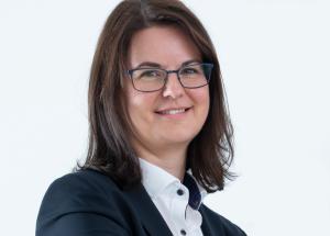 Sandra Höglinger ist neue kaufmännische Geschäftsführerin bei Röchling Industrial Oepping, Österreich. (Bildquelle: Röchling)