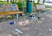 Die IK Industrievereinigung Kunststoffverpackungen fordert, bei Abfällen im öffentlichen Raum  zu unterscheiden zwischen dem achtlosen Wegwerfen – dem Littering – und der korrekten Entsorgung von Abfällen in öffentliche Abfallbehälter. (Bildquelle: IK)