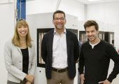 Co-CEOs von Kumovis Dr. Miriam Haerst und Stefan Leonhardt mit Beirat Vincent Gardès (mittig). (Bidlquelle: Kumovis)