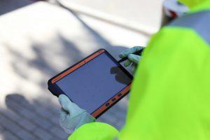 Das Tablet ist seit September mit NEC-/CEC-Zulassung und ab Oktober mit ATEX-/IECEx-Zulassung erhältlich. (Bildquelle: Ecom)