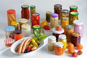 Heute setzen Handel und die Lebensmittelindustrie zunehmend auf PVC-freie Verschlüsse. (Bildquelle: Actega)