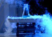 Flüssigstickstoff ist das bevorzugte Kältemittel auch in der Kryogenmahltechnik. (Bildquelle: Media Whalestock – stock.adobe.com)