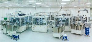 Montageanlage für die Gehäusebaugruppe des wiederverwendbaren Inhalators. (Bildquelle: Gerresheimer)