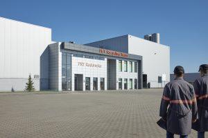 Außenansicht Recyclingwerk PET Recycling Team in Radomsko/Polen. Bildquelle: Alpla)