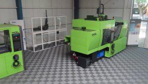 """Im neuen Trainingszentrum bei Engel Frankreich steht die aktuelle Fertigungstechnologie auf 200 Quadratmetern bereit zum """"Anfassen, Ausprobieren und Begreifen""""."""
