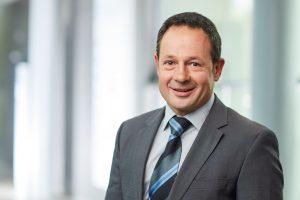 Prof. Dr.-Ing. Hans-Josef Endres, Leiter des Instituts für Kunststoff- und Kreislauftechnik (IKK) an der Leibniz Universität Hannover (c) Christian Wyrw