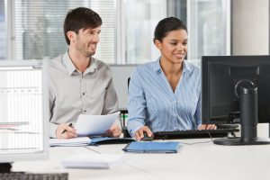 Remote Audits sind sowohl für Erstzertifizierung als auch Rezertifizierung einsetzbar. (Bildquelle: TÜV Rheinland)
