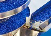 Das Programm Operation Clean Sweep der Kunststofferzeuger das Ziel, das Aufkommen von Granulaten und Pellets an Straßen, Fluss- und Küstenabschnitten zu reduzieren. (Bildquelle: PlasticsEurope)