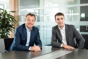 Zum Jahreswechsel 2020/2021 übergibt Günther Lehner die Agenden des CEO der Alpla Group an seinen Sohn Philipp Lehner. (Bildquelle: Alpla Group)