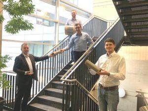 Dr. Michael Effing (GF Amac), Richard Haas (CFO Fibre Coat), Dr. Robert Brüll (GF Fibre Coat ) und Alexander Lüking (CTO Fibre Coat) (v.l.n.r.) freuen sich über die Kooperation. (Bild: Amac)