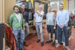 Spüren gemeinsam Effizienzpotenziale auf: Martin Sailer von Blum, Patrik Johler und Klaus Tänzler von Engel, Christian Ackerl und Philipp Schlattinger von Blum (v. l.). (Bild: Engel)