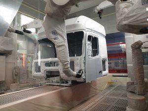 Der 1. Platz ging an den integrierten Lackierprozess für Lkw-Fahrerhäuser bei Daimler Truck. (Bild: Daimler Truck)