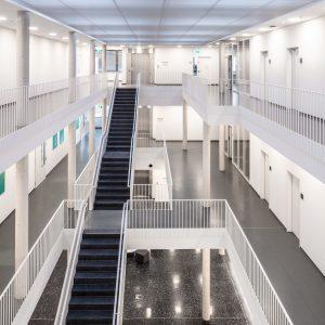 Das neue Büro-, Labor- und Technikumsgebäude in Hanau-Wolfgang bietet rund 2.600 m² Nutzfläche. (Bildquelle: IWKS)