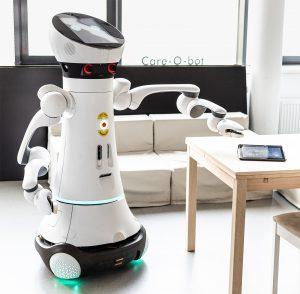 """Im Projekt """"ASARob"""" sind Softwaretechnologien entstanden, mit denen ein Serviceroboter beispielsweise ein Tablet erkennen und den Nutzer darauf aufmerksam machen kann. (Bild: Fraunhofer IPA/Rainer Bez)"""