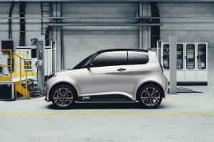 Alle 59 Kunststoffverkleidungsteile des Elektrofahrzeugs e.GO Life wurden aus Kunststoffhalbzeugen sehr wirtschaftlich thermogeformt. (Bildquelle: Parat)