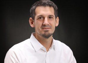 Stefan Caba ist der Gründer des Online-Weiterbildungsportals für die Kunststofftechnik. Bild: Caba)