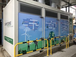 Anfang 2020 investierte der Partikelschaumverarbeiter 1,3 Mio. Euro in eine Mikrogasturbinenanlage. Damit werden 600 kW Strom erzeugt und über eine Kraft-Wärme-Kopplung die Primärenergie zur Dampferzeugung reduziert. (Bild: Ruch Novaplast)