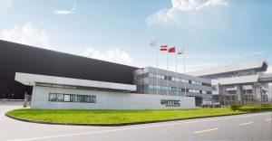 Die Spritzgießmaschinen von Wintec basieren auf europäischer Entwicklung und werden in Asien produziert. Das Werk befindet sich in Changzhou, China. (Bild: Engel)